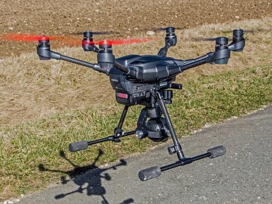 Testflug mit roten Propellern (Bild 2)