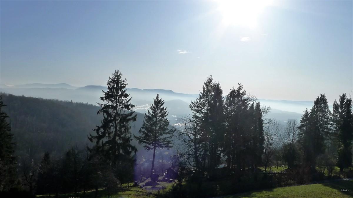 Sonne, Nebel und Berge = Stimmung