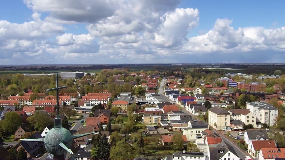 BRAKE/Unterweser, St. Marien Turmkreuz nach Westen