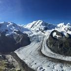 Unsere schönen Schweizer Berge... das Matterhorn mit 4478 m und die Dufourspitze mit 4634 m