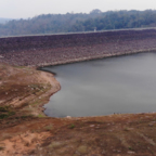 Der Chulabhorn Staudamm, eigentlich müßte jetzt das Wasser bis obenhin stehen