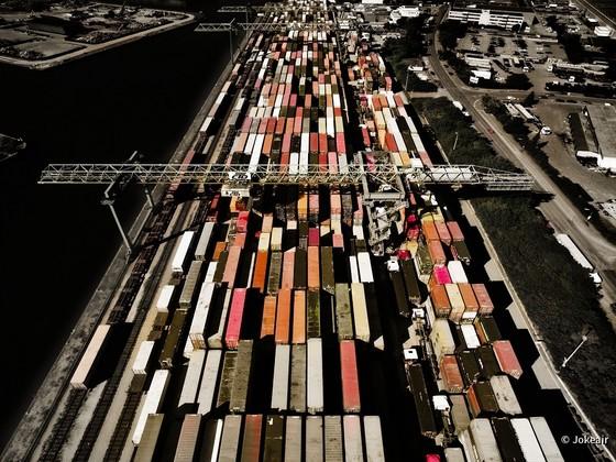 Container Hafen Dortmund: Geordnete Unordnung