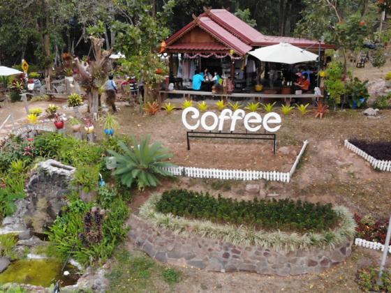 Kleines Café am Chulabhorn Staudamm